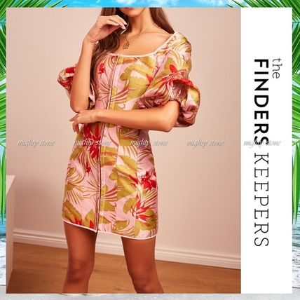 Short Flower Patterns Tropical Patterns Tight Puff Sleeves