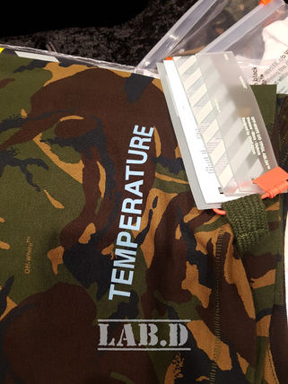 Off-White More T-Shirts Camouflage T-Shirts 15