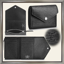 Louis Vuitton EPI Unisex Plain Leather Folding Wallets