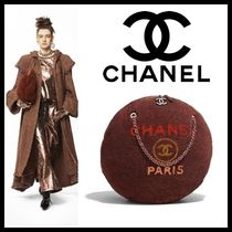 CHANEL Casual Style Lambskin Blended Fabrics A4 Chain Plain