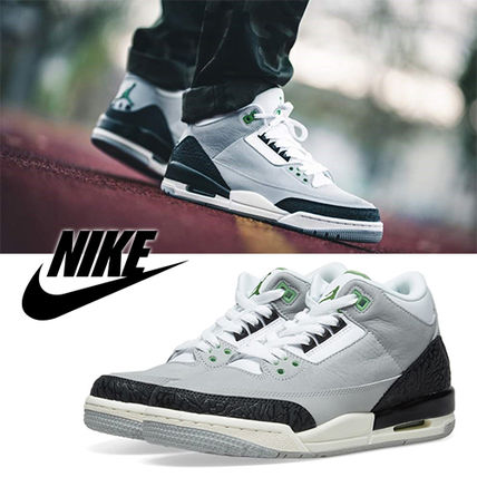 timeless design 60d23 4272b Street Style Low-Top Sneakers  AIR JORDAN 3