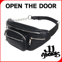 OPEN THE DOOR Casual Style Unisex Street Style Plain Leather Shoulder Bags