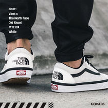 VANS OLD SKOOL Unisex Street Style Collaboration Sneakers