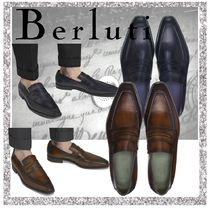 Berluti Moccasin Plain Leather V Tips Loafers & Slip-ons
