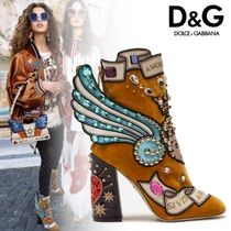 Dolce & Gabbana Star Plain Toe Studded Leather Elegant Style Chunky Heels