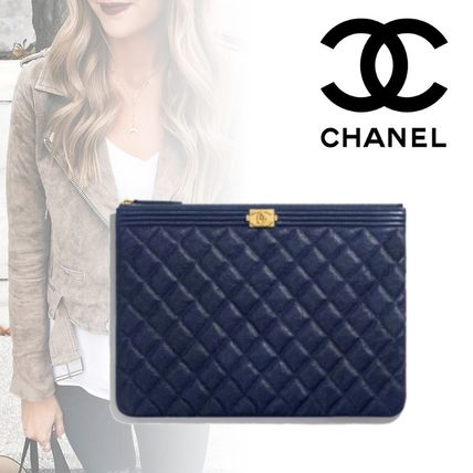af8c4bce4e9c ... CHANEL Pouches & Cosmetic Bags Unisex Calfskin Plain Pouches & Cosmetic  ...