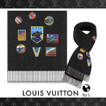 Louis Vuitton Wool Fringes Scarves