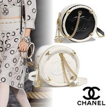 CHANEL Calfskin Bi-color Chain Elegant Style Shoulder Bags