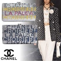 CHANEL Party Style Clutches