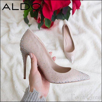 Dots Plain Pin Heels With Jewels Elegant Style