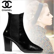 CHANEL Plain Toe Plain Leather Block Heels Chelsea Boots