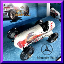 Vivienne Westwood Collaboration Play Vehicles & RC