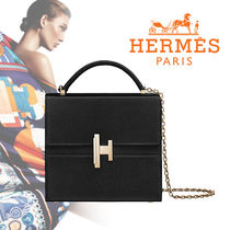 HERMES Chain Plain Leather Elegant Style Shoulder Bags