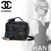 CHANEL Blended Fabrics Chain Shoulder Bags