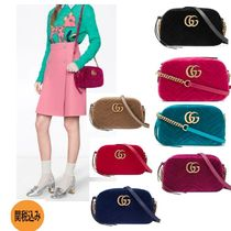 GUCCI Casual Style Bi-color Chain Shoulder Bags