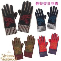 Vivienne Westwood Smartphone Use Gloves