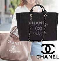 CHANEL Casual Style 2WAY Chain Plain Totes
