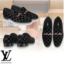 Louis Vuitton Plain Toe Loafers Loafers & Slip-ons