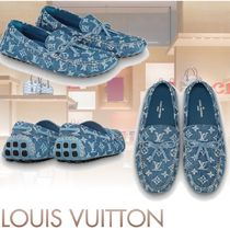 Louis Vuitton Monogram Plain Toe Moccasin Loafers & Slip-ons
