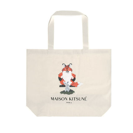 Casual Style A4 Other Animal Patterns Totes