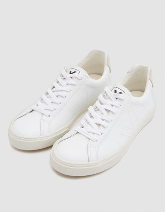 Round Toe Lace-up Casual Style Leather Low-Top Sneakers