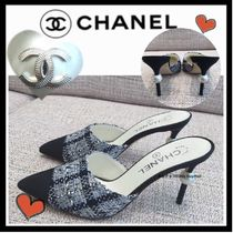 CHANEL ICON Tweed Blended Fabrics Bi-color Plain Pin Heels Elegant Style