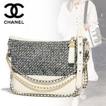 CHANEL Elegant Style Shoulder Bags