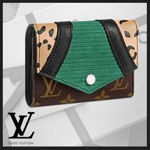 Louis Vuitton MONOGRAM Monogram Leopard Patterns Leather Folding Wallets