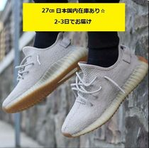 Yeezy Unisex Street Style Collaboration Plain Sneakers