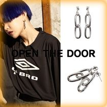 OPEN THE DOOR Unisex Street Style Chain Metal Earrings