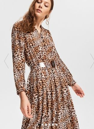 Leopard Patterns Casual Style Flared V-Neck Long Sleeves
