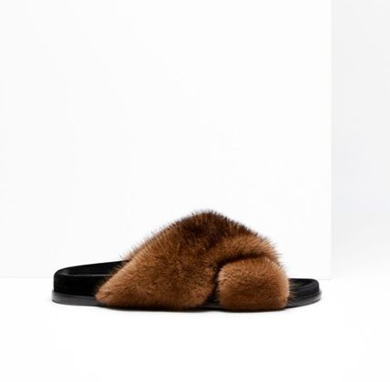 Open Toe Casual Style Fur Blended Fabrics Plain Slippers