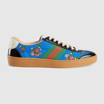 GUCCI Low-Top Stripes Flower Patterns Plain Toe Casual Style Street Style 2