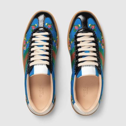 GUCCI Low-Top Stripes Flower Patterns Plain Toe Casual Style Street Style 4