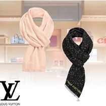 Louis Vuitton Elegant Style Accessories