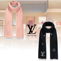 Louis Vuitton Cashmere Elegant Style Accessories
