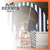 HERMES CONSTANCE Chain 18K Gold With Jewels Necklaces & Pendants