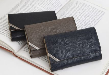 Unisex Plain Leather Keychains & Holders