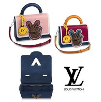 Louis Vuitton Monogram Leather Elegant Style Handbags