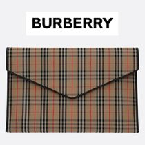 Burberry Other Check Patterns Unisex Clutches