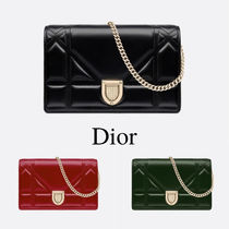 Christian Dior DIORAMA Chain Plain Leather Party Style Clutches