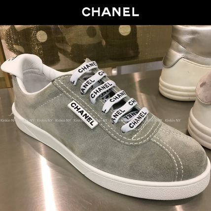 CHANEL Low-Top Casual Style Suede Street Style Plain Low-Top Sneakers