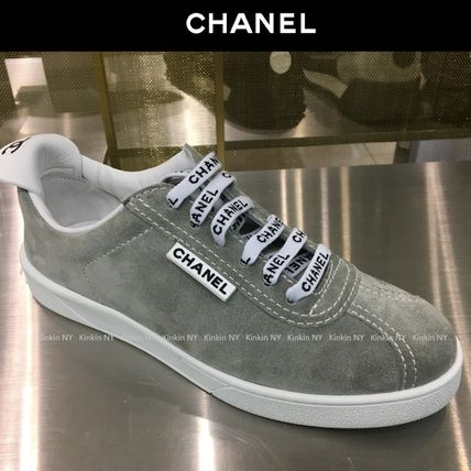CHANEL Low-Top Casual Style Suede Street Style Plain Low-Top Sneakers 4