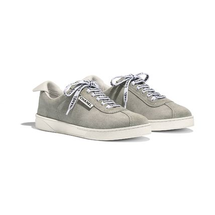CHANEL Low-Top Casual Style Suede Street Style Plain Low-Top Sneakers 7
