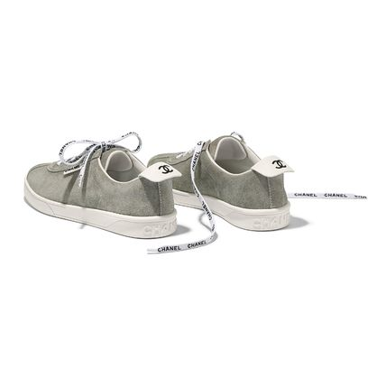 CHANEL Low-Top Casual Style Suede Street Style Plain Low-Top Sneakers 8
