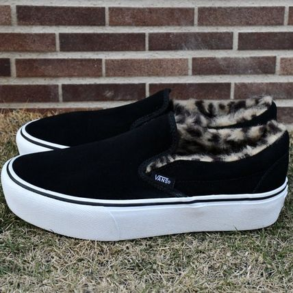 ... VANS Low-Top Leopard Patterns Casual Style Low-Top Sneakers 3 ... e1ccca0f1