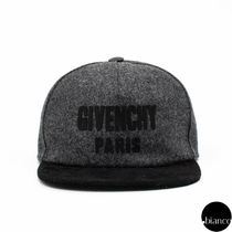 GIVENCHY Unisex Petit Street Style Kids Girl Accessories