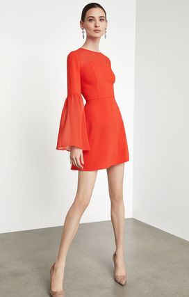 Short Plain Party Style Puff Sleeves Dresses