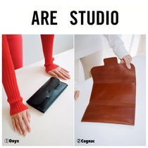 ARE STUDIO Clutches