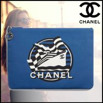 CHANEL Casual Style Blended Fabrics Bag in Bag Clutches